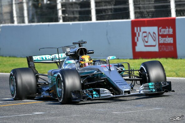 Lewis Hamilton fuhr Bestzeit zum Auftakt der Testfahrten in Barcelona - Foto: Sutton