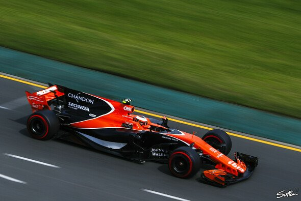 McLaren blieb in Australien am Freitag von größeren Problemen verschont - Foto: Sutton