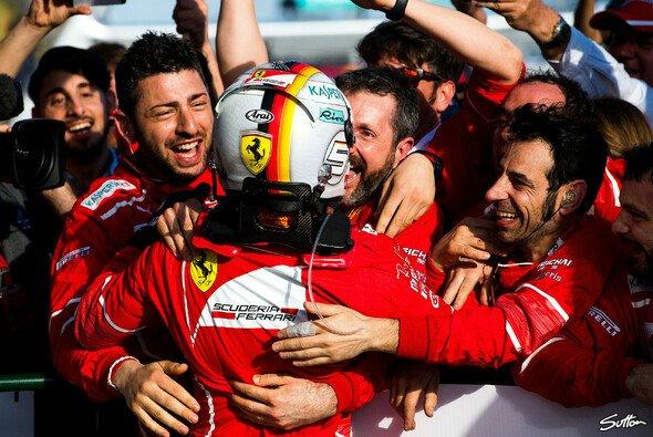 Ferrari feiert den ersten Formel-1-Sieg seit 553 Tagen - Foto: Sutton