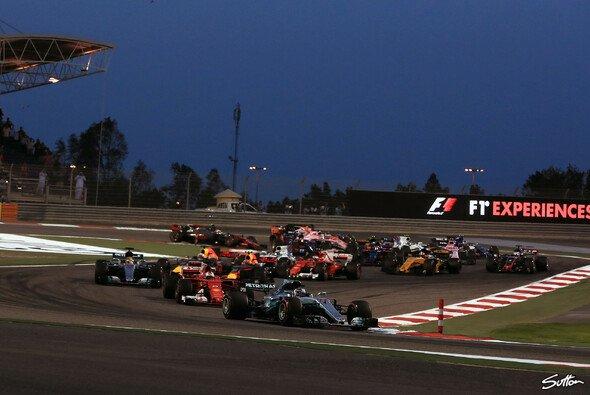 In Bahrain steht für die Formel 1 das zweite Kräftemessen auf dem Programm - Foto: Sutton