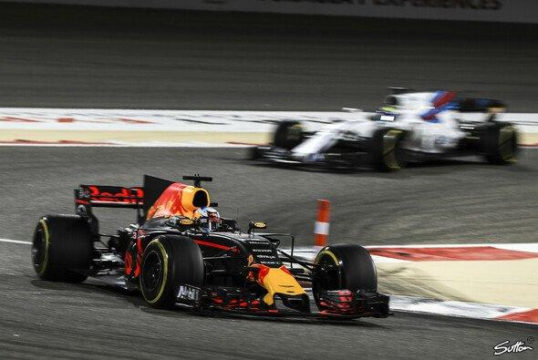 Red Bull könnte in Russland eher Konkurrenz von Williams bekommen, als Mercedes und Ferrari zu ärgern - Foto: Sutton