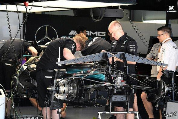 Mitglieder des Mercedes-Teams wurden beim Brasilien GP ausgeraubt - Foto: Sutton