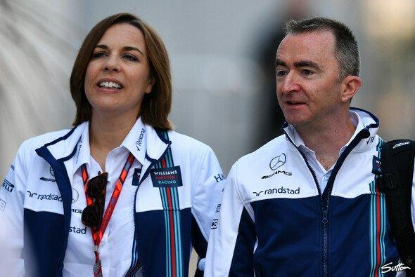 Williams-Technikdirektor Paddy Lowe widersprach bei den Formel-1-Testfahrten 2019 den Gerüchten um seine Person - Foto: Sutton