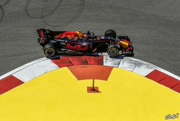 Red Bull bewegt sich in Russland im Niemandsland - Foto: Sutton