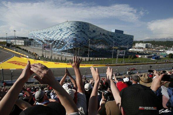 In Russland könnten erstmals in der Formel-1-Saison 2020 wieder Fans auf den Rängen sitzen - Foto: Sutton