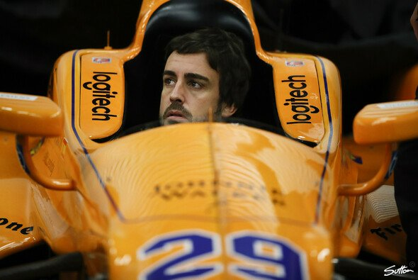 Fernando Alonso denkt schon vor seinem Indy-Debüt an noch größere Ziele - Foto: Sutton