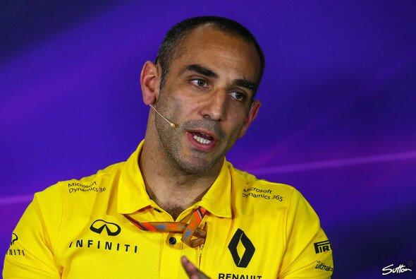 Cyril Abiteboul findet den Umgang der Formel 1 mit dem Coronavirus zu lasch - Foto: Sutton