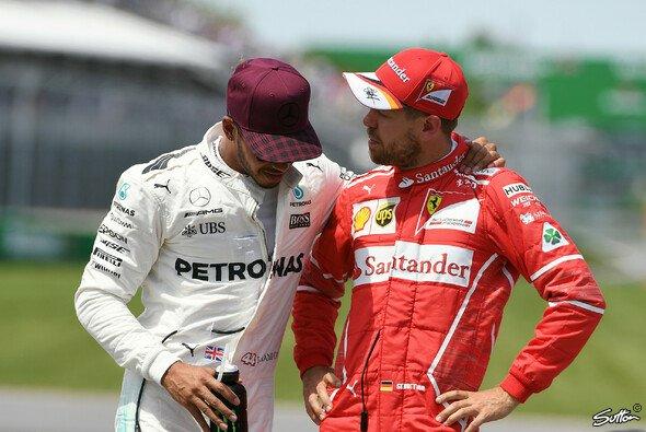 Lewis Hamilton und Sebastian Vettel liefern sich ein von Respekt geprägtes Duell - Foto: Sutton