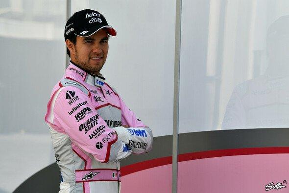Sergio Perez bleibt ein weiteres Jahr mit Force India in der Formel 1 - Foto: Sutton