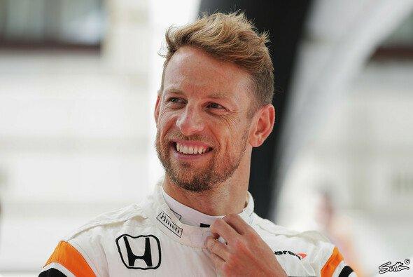 Jenson Button startet 2018 bei den 24h von Le Mans - Foto: Sutton