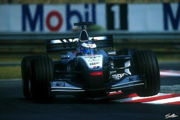 McLaren-Mercedes gewann 1998/99 drei WM-Titel - Foto: Sutton