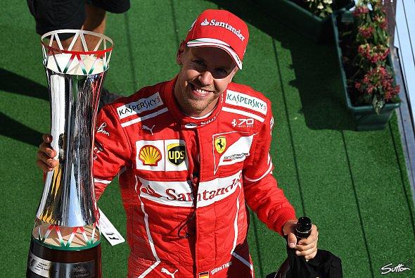Sebastian Vettel fährt bis 2020 für Ferrari in der Formel 1 - Foto: Sutton