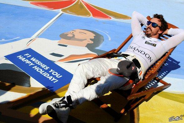 Fernando Alonso sorgte in Ungarn für das erhoffte vorläufige Saison-Highlight von McLaren - Foto: Sutton