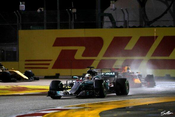 Pirelli war für Villeneuve daran Schuld, dass Ricciardo Hamilton in Singapur nicht attackieren konnte - Foto: Sutton