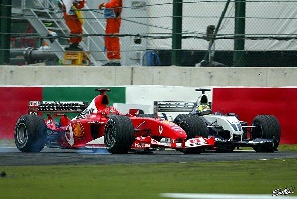 Michael Schumacher und Ferrari erlebten 2003 in Japan auf dem Weg zum Titel ein chaotisches Finale - Foto: Sutton