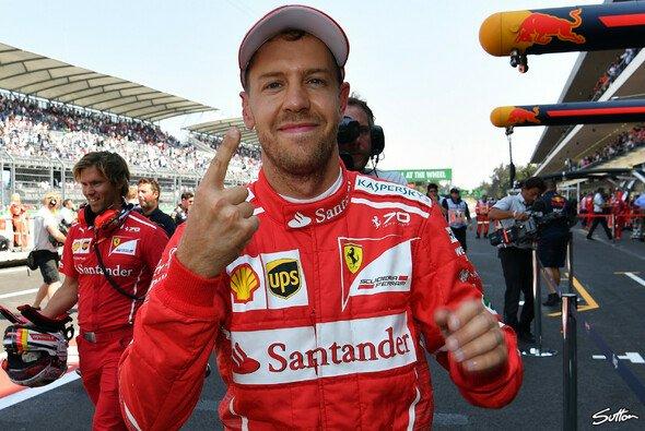 Der Vettel-Finger ist zurück. Pole in Mexiko! - Foto: Sutton