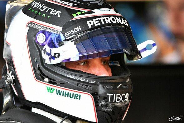 Valtteri Bottas lässt die Fans seinen Helm für die Formel 1 2018 designen - Foto: Sutton
