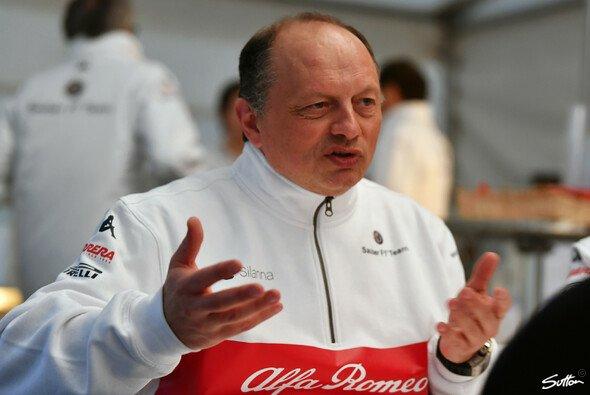 Frédéric Vasseur muss wegen eines positiven Corona-Befunds die Formel-1-Testfahrten auslassen - Foto: Sutton