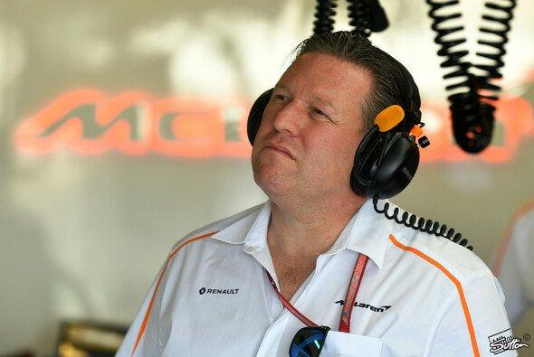McLaren CEO Zak Brown findet für den Zustand des Formel-1-Teams schonungslose Worte - Foto: Sutton