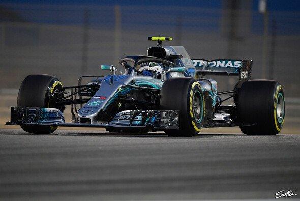 Valtteri Bottas glich in Bahrain im Qualifying-Duell gegen Lewis Hamilton aus - Foto: Sutton