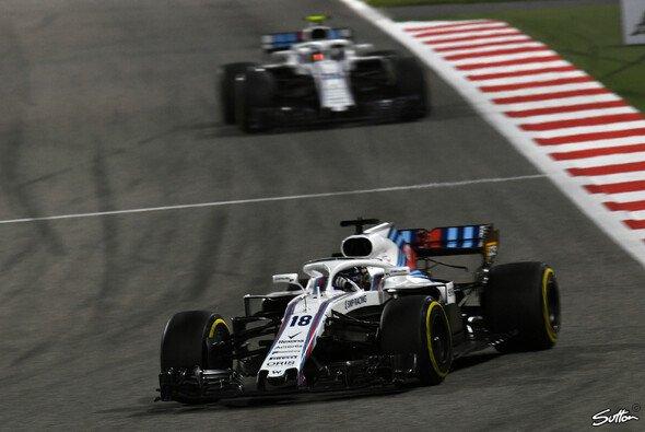 Williams kam in Bahrain mit beiden Autos auf den letzten Positionen ins Ziel - Foto: Sutton