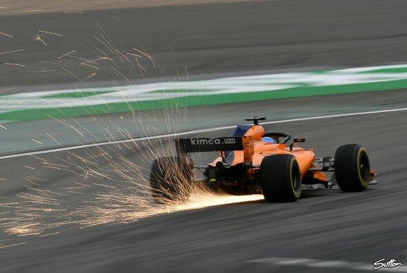 McLaren muss vor allem auf den Geraden schneller werden - Foto: Sutton