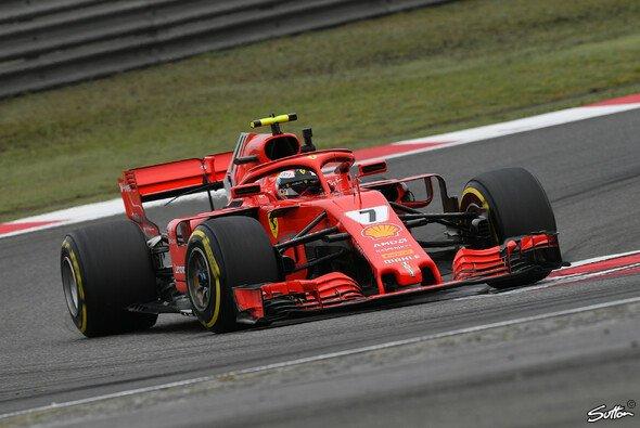 Ferrari konterte im zweiten Training die FP1-Gala von Lewis Hamilton - Foto: Sutton