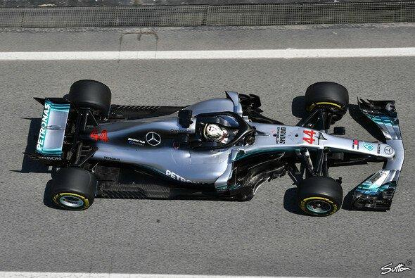 Mercedes zeigt in Barcelona groß auf, Bestzeit in beiden F1-Trainings - Foto: Sutton