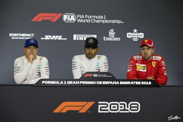 Hamilton auf Pole, Mercedes startet in Barcelona aus der ersten Reihe - Foto: Sutton