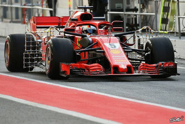 Zumindest in Großbritannien bekommen die F1-Fans 2019 erstmals schon bei den Testfahrten Live-Bilder zu sehen - Foto: Sutton