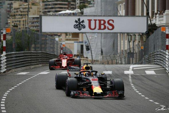 Daniel Ricciardo gewinnt in Monaco - Foto: Sutton