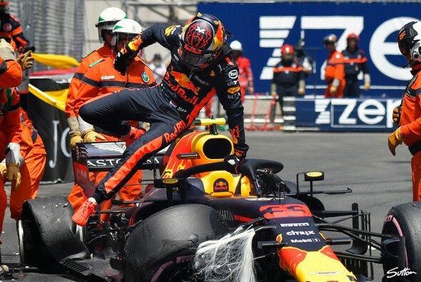 Jacques Villeneuve lässt kein gutes Haar an Max Verstappen - Foto: Sutton
