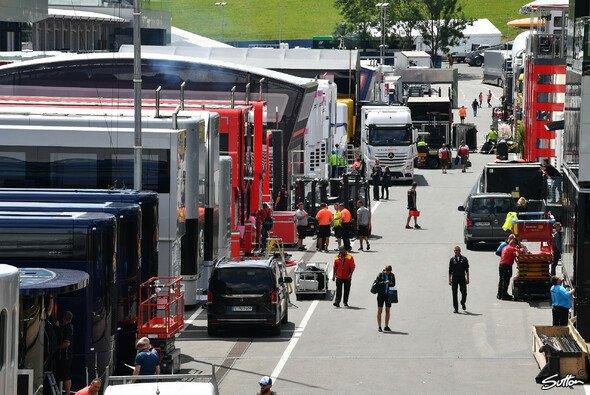 Stress pur für die F1-Teams: Der Triple-Header erfoderte perfektes Zeitmanagement - Foto: Sutton