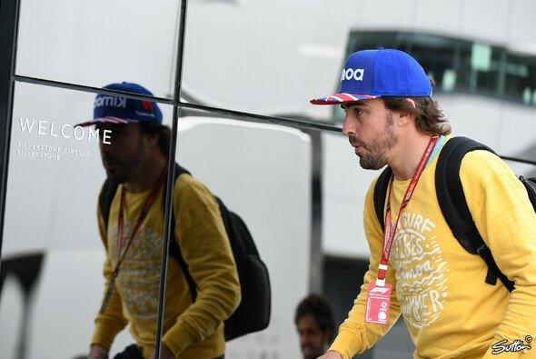 Fernando Alonsos Rat war gefragt beim McLaren-Umbau - Foto: Sutton