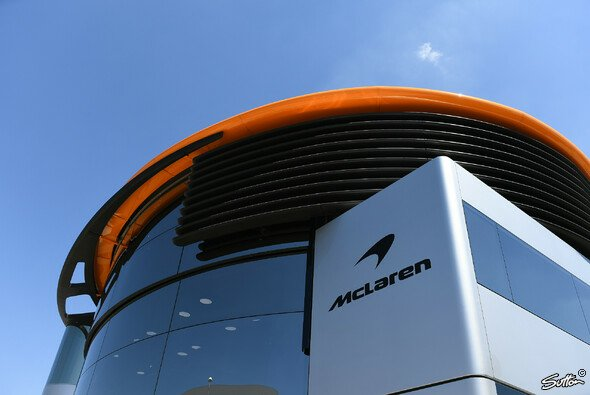 Bei McLaren kehrt auch in der Sommerpause keine Ruhe ein - Foto: Sutton