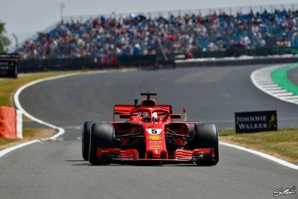 Am Freitag startete die Formel 1 in Silverstone in die ersten Trainings, Vettel im 2. Training mit Bestzeit - Foto: Sutton