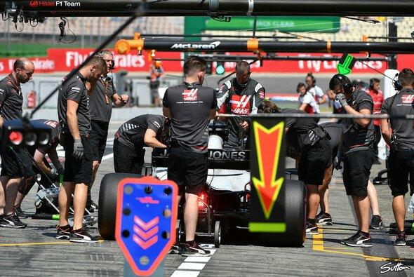 Beim Formel-1-GP in Hockenheim kämpfen Haas und Renault um die Vorherrschaft im Mittelfeld - Foto: Sutton