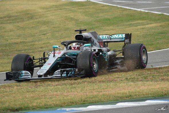 Lewis Hamilton wurde für seinen Regelbruch auf dem Hockenheimring nicht bestraft - Foto: Sutton