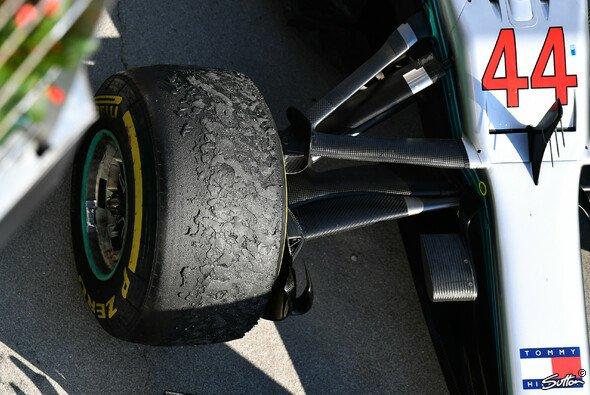 Mercedes wählte für den Ungarn GP besonders konservativ als den zehn freien Sätzen - Foto: Sutton
