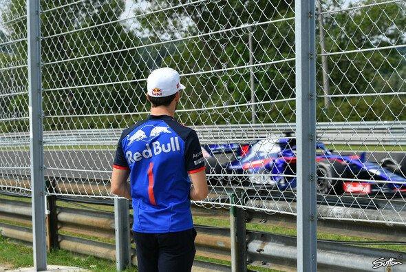 Toro Rosso muss sich bei der Fahrerwahl für die Formel-1-Saison 2019 etwas einfallen lassen - Foto: Sutton