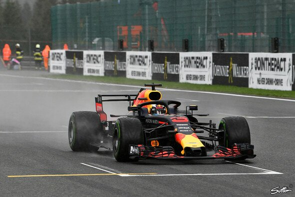 Ärger bei Red Bull: Falsche Strategie kostet Ricciardo und Verstappen beim Spa-Qualifying Plätze - Foto: Sutton