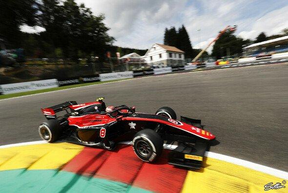 Russell ist auf dem besten Weg Formel-2-Champion zu werden - Foto: Sutton