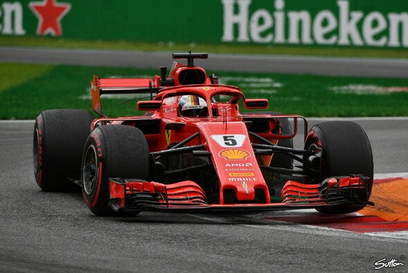 Sebastian Vettel erlebte in Monza einen turbulenten Trainingsauftakt - Foto: Sutton