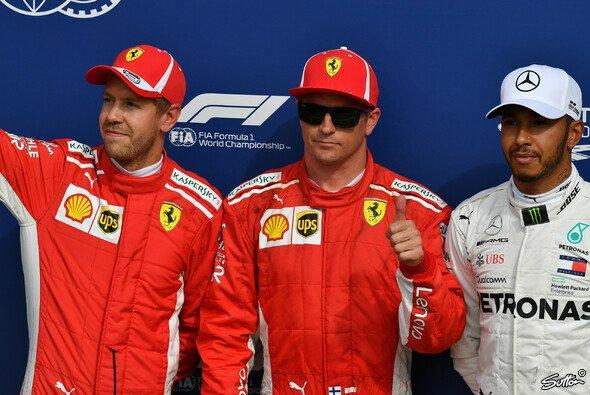 Kimi Räikkönen holt in Monza die Pole für Ferrari, Sebastian Vettel auf Platz 2 - Foto: Sutton