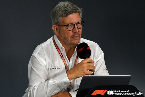 Ross Brawn arbeitet in der Rolle des Technik-Chefs von Liberty am Projekt 2021 - Foto: Sutton