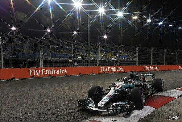 Mercedes fühlt sich nach dem Training in Singapur besser gerüstet denn je - Foto: Sutton