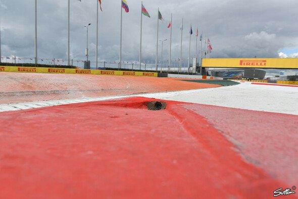 Die Formel 1 muss sich beim Russland GP in Sotschi auf Regen einstellen - Foto: Sutton