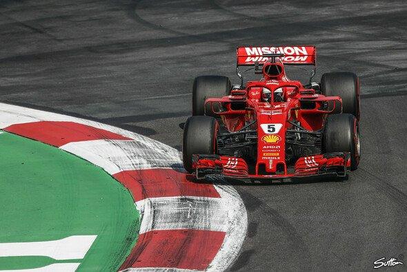 Sebastian Vettel und Ferrari fahren in Mexiko Red Bull hinterher - Foto: Sutton