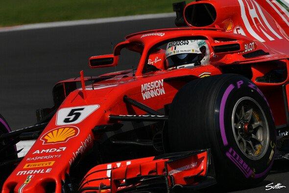 Sebastian Vettel und Ferrari waren in Mexiko chancenlos gegen Red Bull - Foto: Sutton