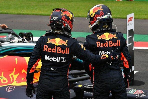 Ricciardo holt Pole in Mexiko - Foto: Sutton